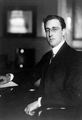 170px-Franklin_Roosevelt_Secretary_of_the_Navy_1913