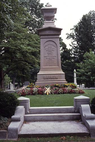 barnum-grave
